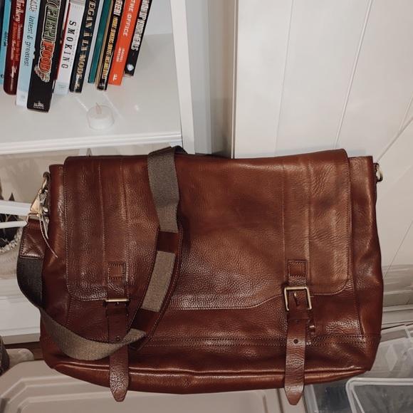 rag & bone Handbags - NWOT Rag & Bone Field Messenger Bag